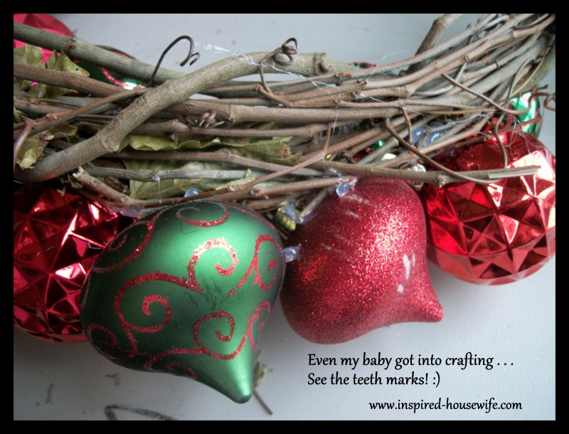 Inspired-Housewife: Easy DIY Christmas Ornament Wreath Tutorial - If she can do it - A MUST TRY!!