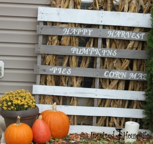 An Easy Fall Pallet Project